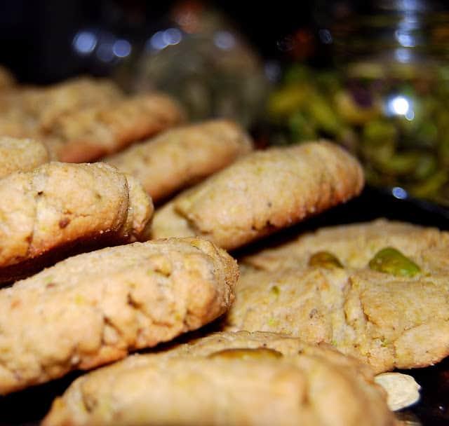 Rows of vegan pistachio cardamom shortbread cookies