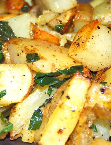 Minty roasted potatoes with fresh mint