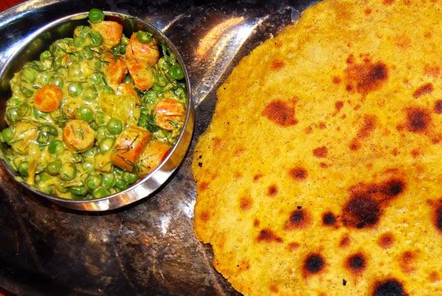 Photo of missi roti with Rajasthani peas carrot sabzi