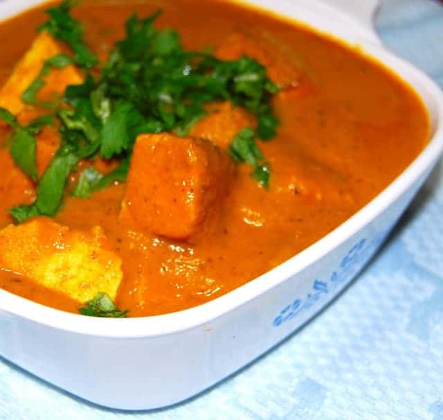Tofu Makhani, a vegan version of this rich tasting, orange curry so popular in Indian restaurants - holycowvegan.net