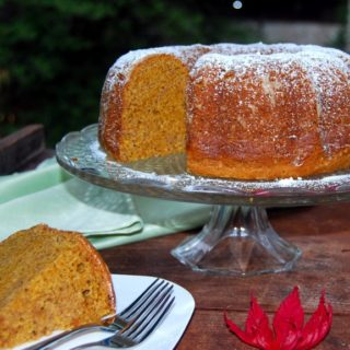Vegan Chai-Spiced Pumpkin Bundt Cake