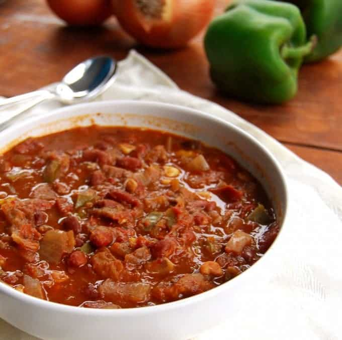 Fat free vegan crock pot chili holy cow vegan recipes for Crock pot vegetarian recipes healthy