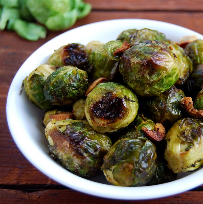Roasted Brussels Sprouts with Garlic and Rosemary