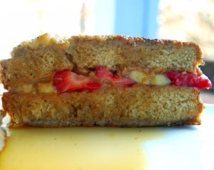 vegan-stuffed-french-toast