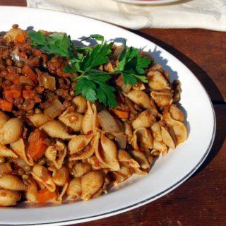 Slow Cooker Lentil Bolognese