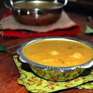 Onion Sambar | Vengaya Sambar