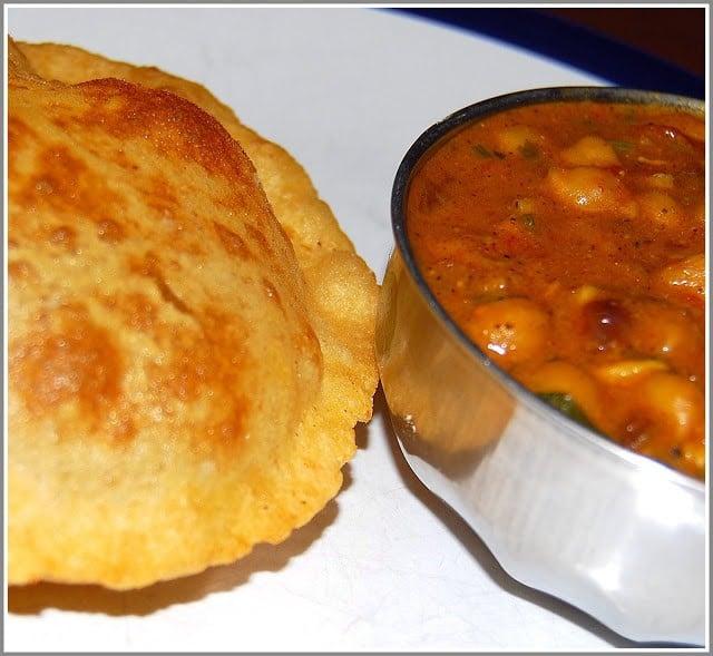 Chana Bhatura / Chole Bhatura