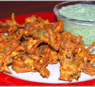 Hot Pakoras for a Rainy Day