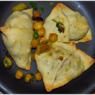 Baked Samosas with a Chickpea Filling