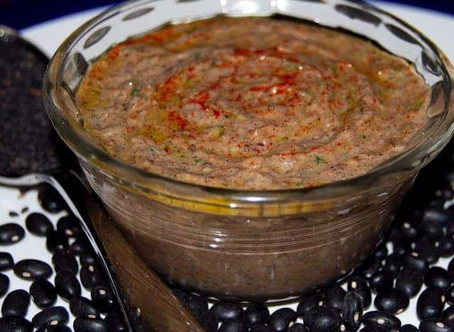 Black Bean Hummus with Olives