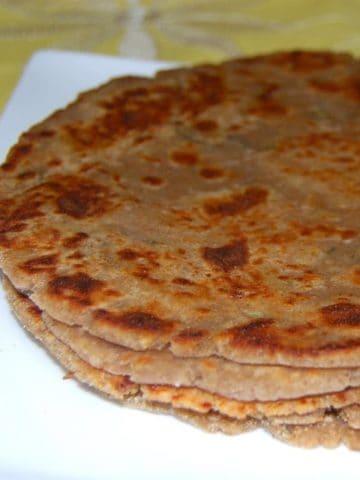 Arbi Paratha, colocasia flour paratha, gluten-free - holycowvegan.net