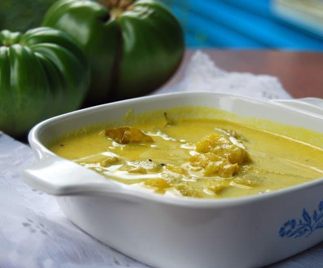 Green tomato stew