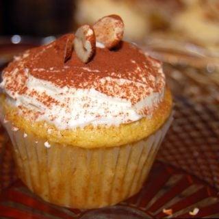 Vegan Orange Cupcakes With Buttercream