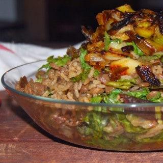 Vegan One Pot Mujadara with Leeks and Kale