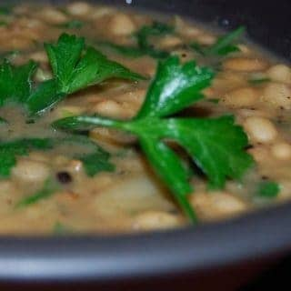 Garlicky White Bean Soup