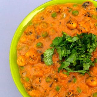 Creamy Phool Makhana Curry (Lotus Seed Curry)