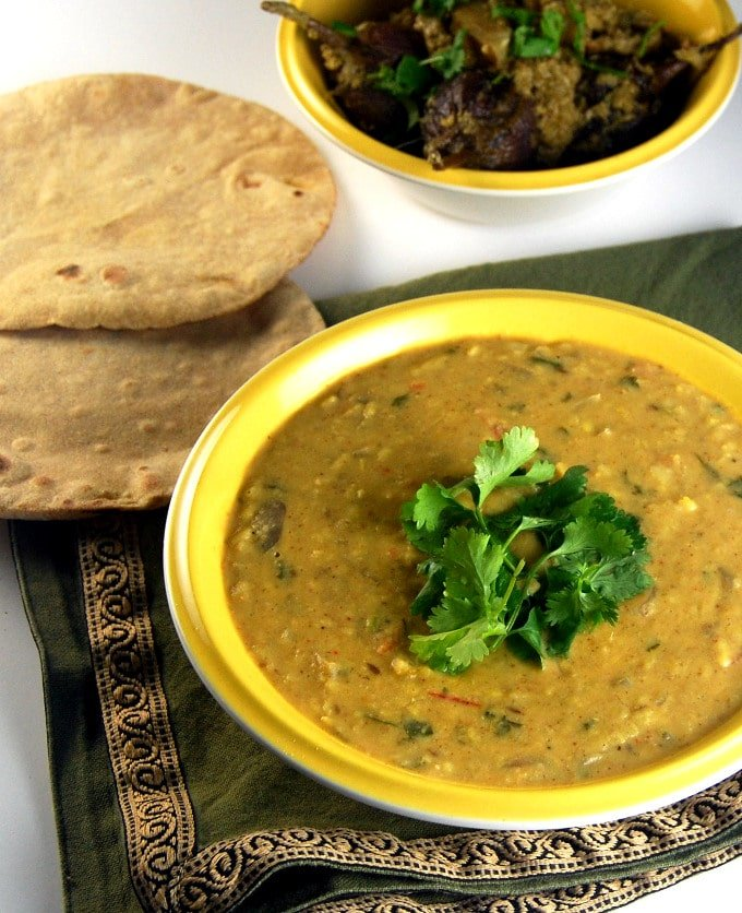 Ma Ki Dal, a creamy, comforting dal made by moms all over India. http://holycowvegan.net