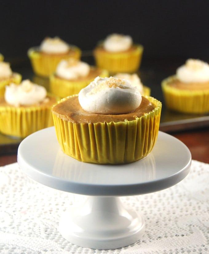 Pumpkin Cheesecake Cupcakes http://holycowvegan.net