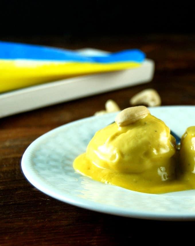Vegan Mango Kulfi