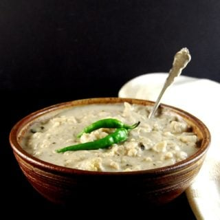 Creamy Cauliflower Curry. Malai Gobi http://holycowvegan.net