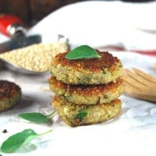 Vegan Garlicky Zucchini Quinoa Cakes
