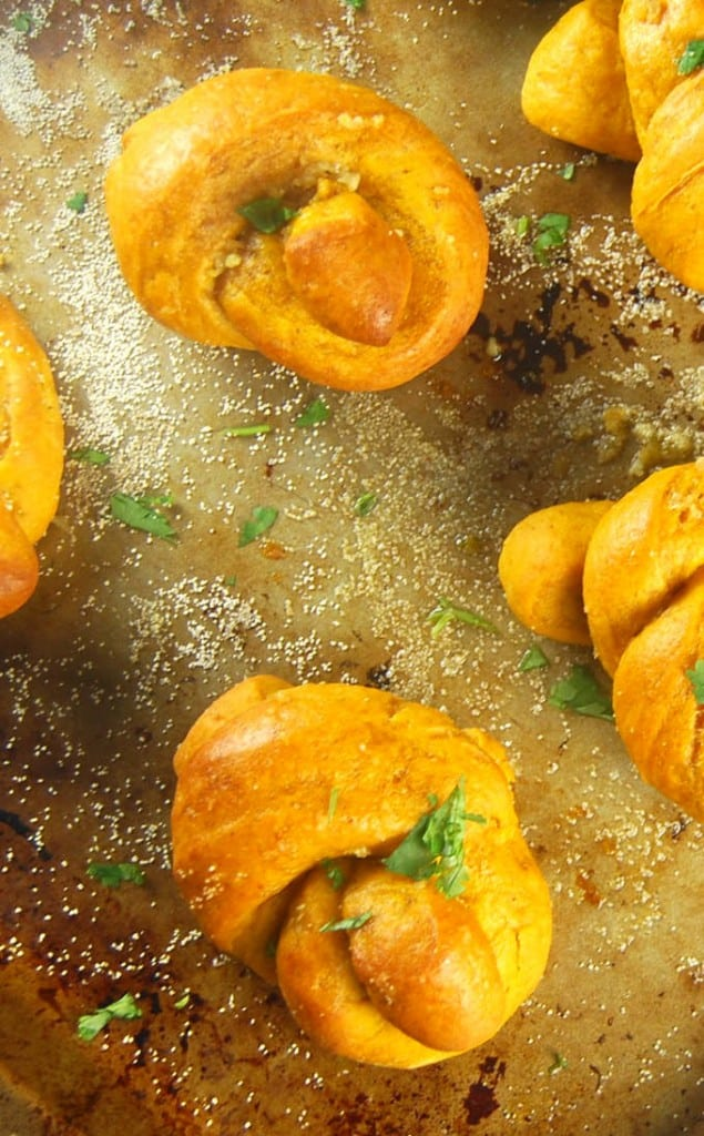 Pumpkin Garlic Knots, whole-grain