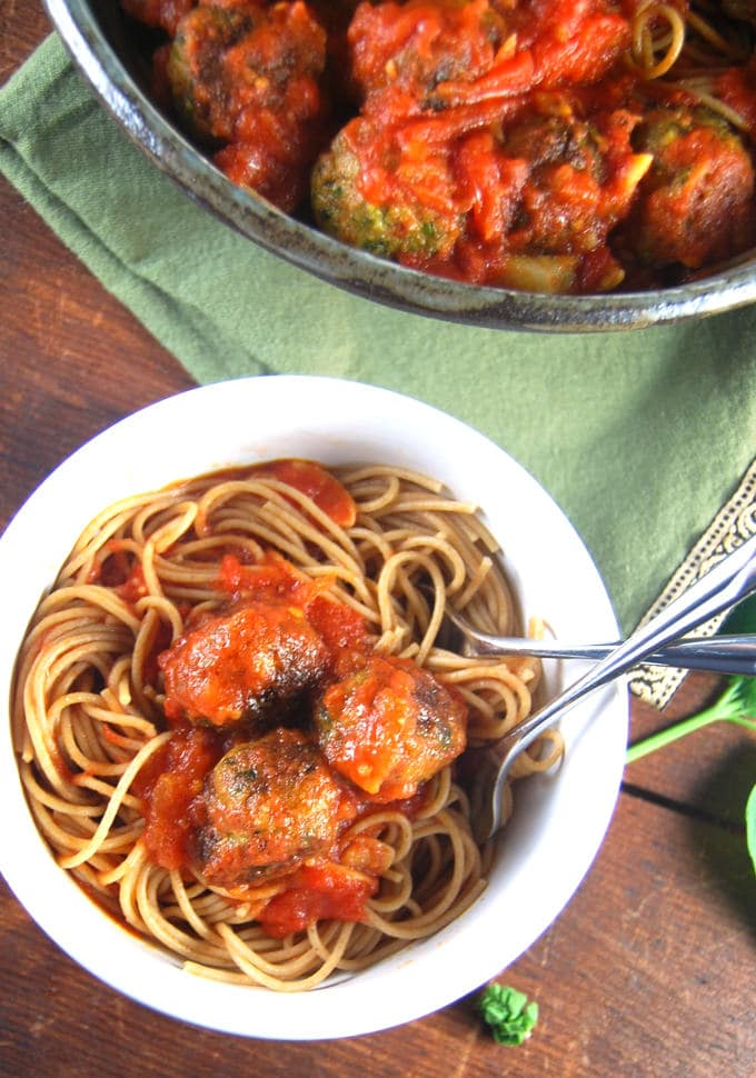 Vegan spaghetti and meatballs