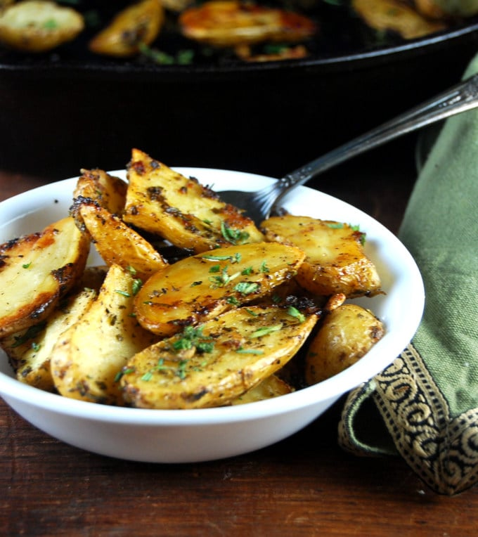 Garlic and Herb Roasted Fingerling Potatoes • Holy Cow! Vegan ...