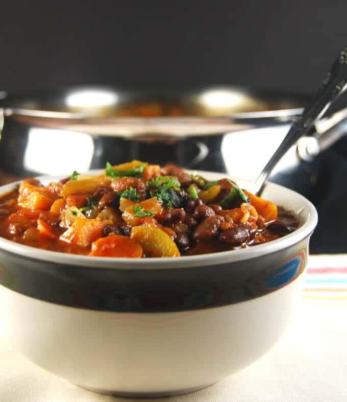 Fat-Free Vegan Crock Pot Chili | Holy Cow! Vegan Recipes