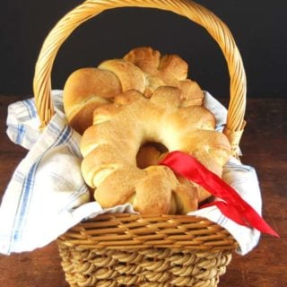 Christmas Wreath Rolls