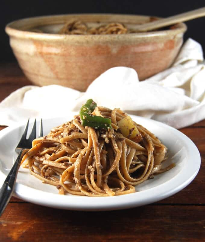 Linguine With Olive Pesto - holycowvegan.net