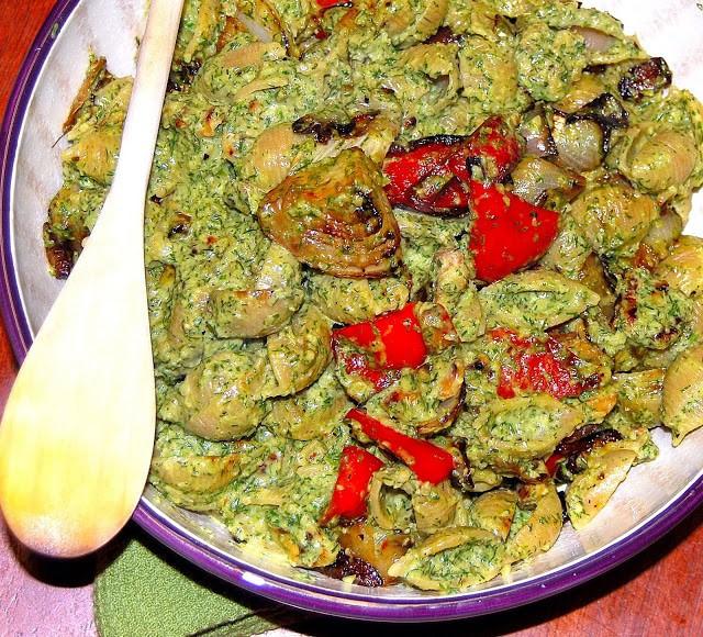 Pasta with fennel pesto - holycowvegan.net