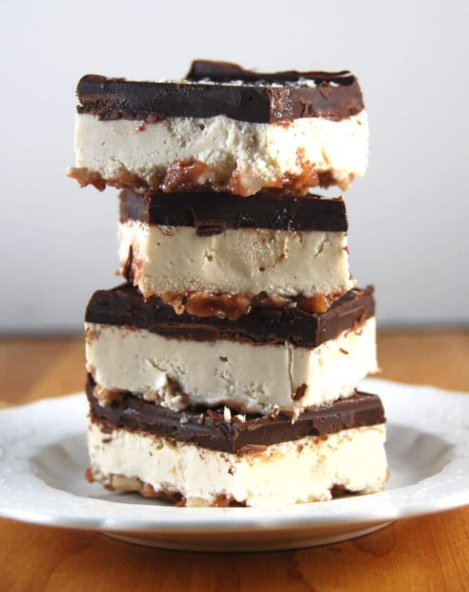 No Bake Vegan Chocolate Cheesecake Bars - holycowvegan.net