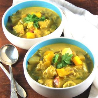 Vegan Jamaican Mango Stew with tempeh and thyme - holycowvegan.net