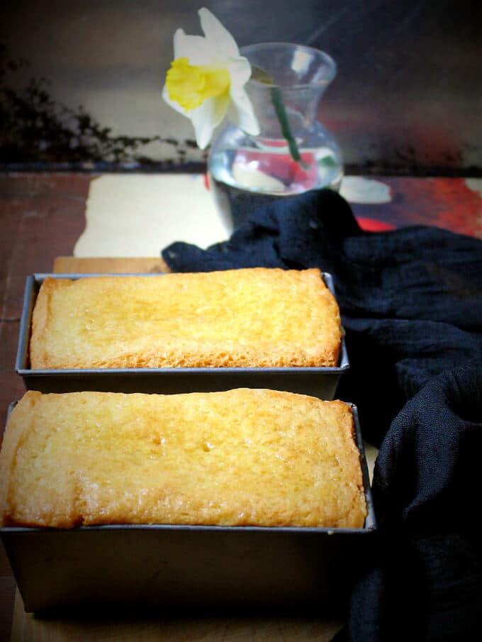 Vegan lemon olive oil pound cake