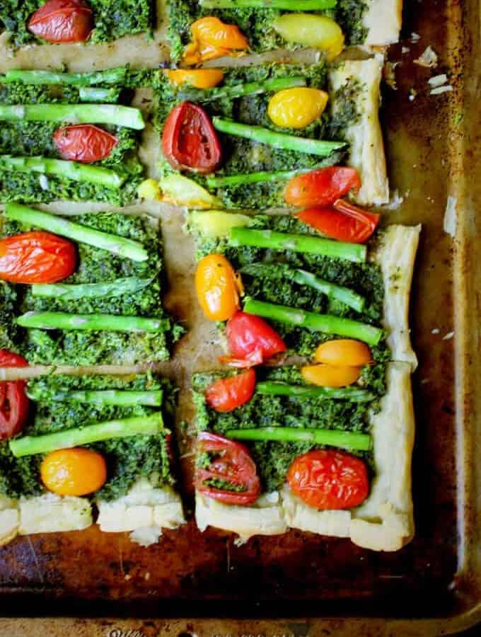 Vegan Puff Pastry Pizza with Kale Pesto, Asparagus and Cherry Tomatoes, vegan - holycowvegan.net