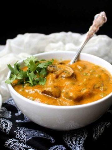 Mushroom Matar. Mushroom and Peas in a Creamy Sauce. Holycowvegan.net