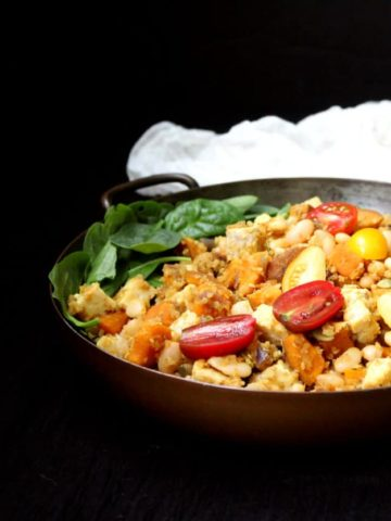 Curried Tempeh Quinoa Breakfast Hash with Sweet Potatoes and White Beans - holycowvegan.net