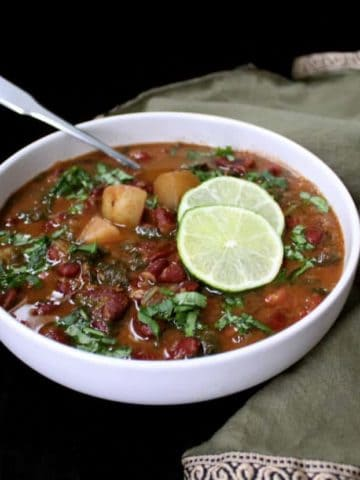 Instant Pot Kidney Beans Curry, Rajma - HolyCowVegan.net