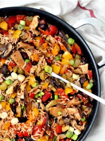 Vegan Jambalaya, a colorful, healthy, one-pot meal - HolyCowVegan.net