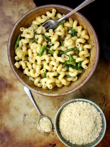 Garlicky Pasta with Asparagus and Cashew Parm - HolyCowVegan.net