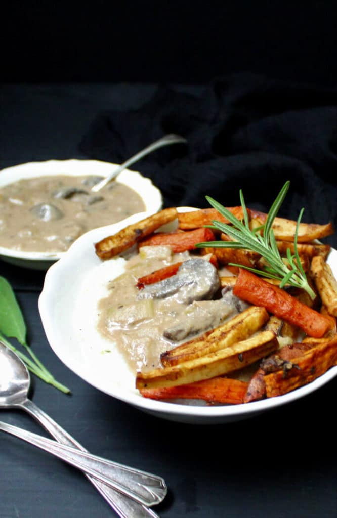 Creamy Herbed Grits Bowl with Leek Gravy and Roasted Root Veggies #vegan #glutenfree #soyfree #nutfree #grits #buddhabowl #mushrooms #leeks #rootvegetables HolyCowVegan.net