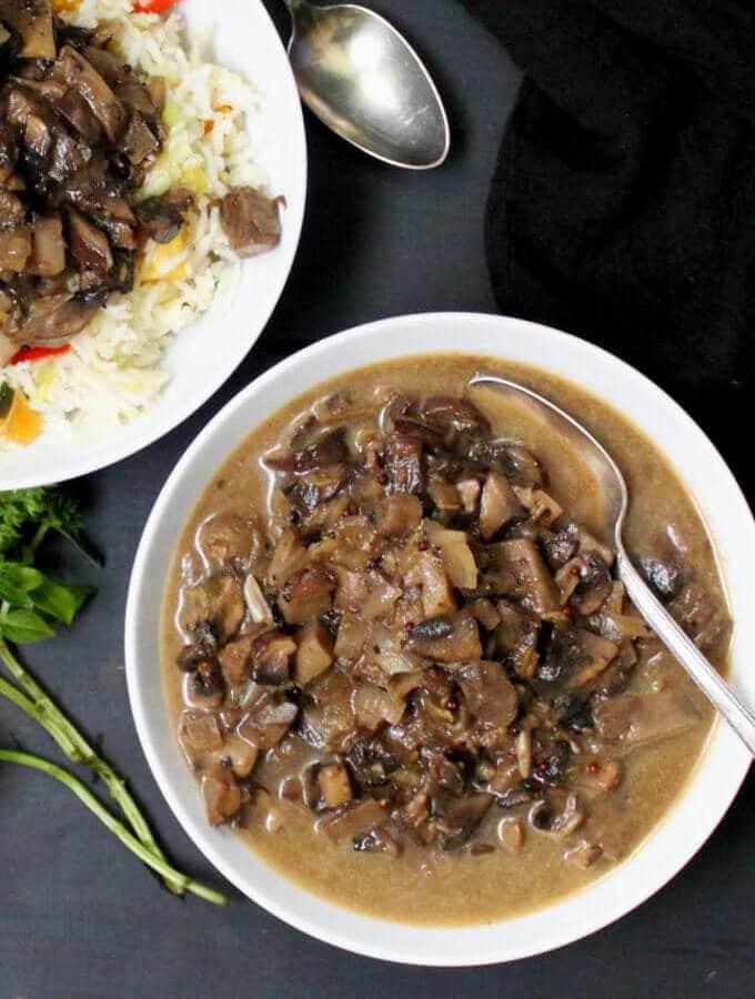Mushroom Masala Curry #vegan #soyfree #nutfree #glutenfree #indianfood #mushrooms HolyCowVegan.net