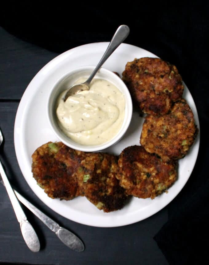 Vegan Maryland Crab Cakes. A delicious, healthy treat that's crispy on the outside and tender and flaky on the inside, just as crab cakes should be, but without the crabs. #vegan #glutenfree #nutfree #crabcakes HolyCowVegan.net