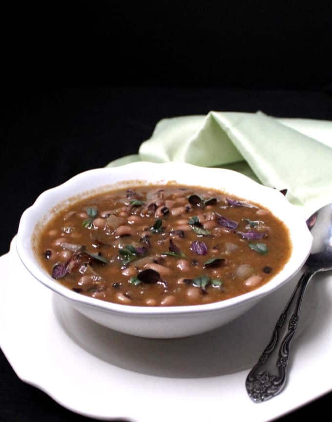 A fresh-tasting, herb-infused dish of Black Eyed Peas Dal with Cilantro and Mint. #glutenfree, #nutfree, #soyfree, #vegan, #vegetarian, #Indian, #dal HolyCowVegan.net