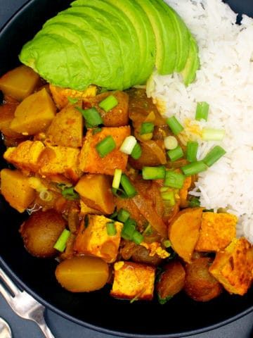 Vegan Jamaican Curry with Tofu and Potatoes