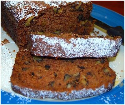 Photo of a sliced vegan applesauce cake
