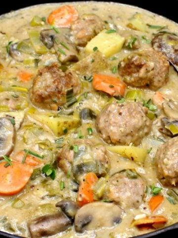 Photo of vegan meatball fricassee