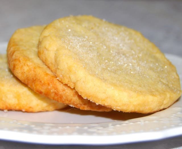 Photo of Sable cookies on a white plate.
