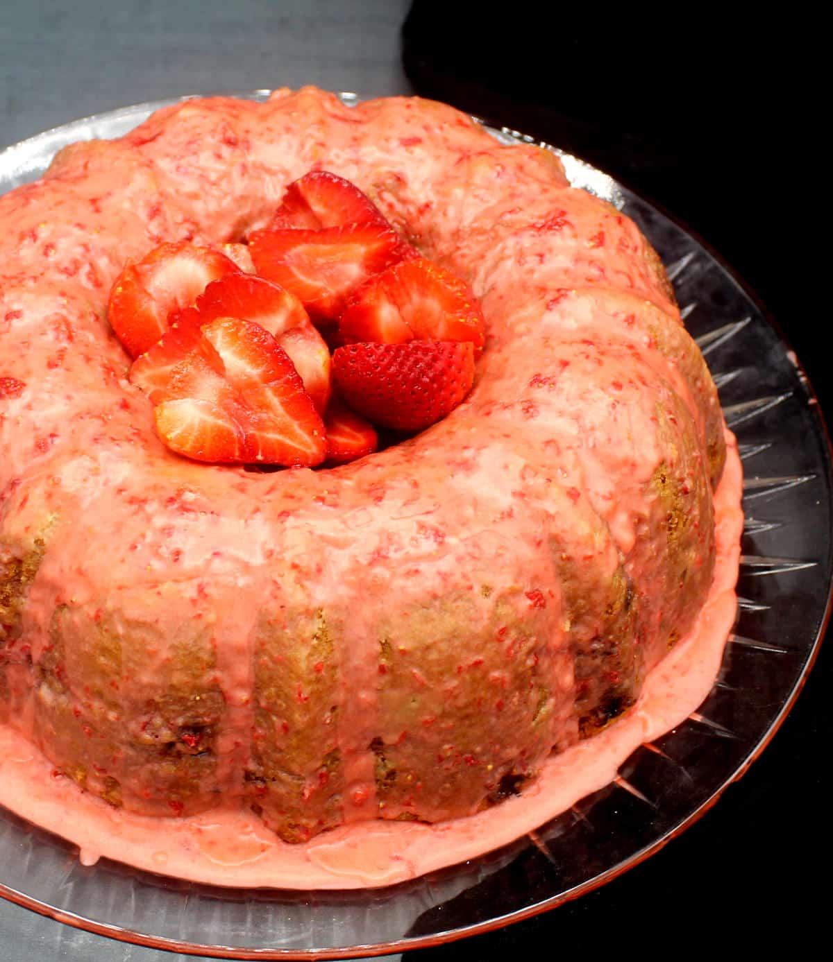 vegan strawberry cake 5